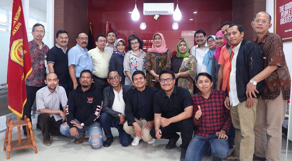Alumni FH UPNVJ