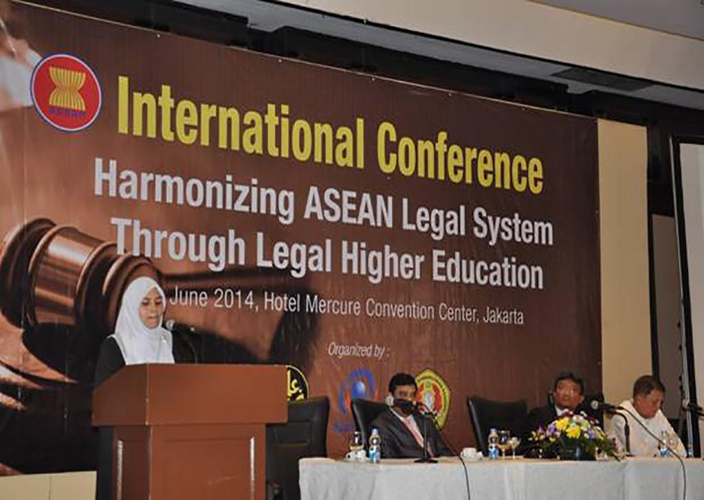 Seminar Internasional (9)