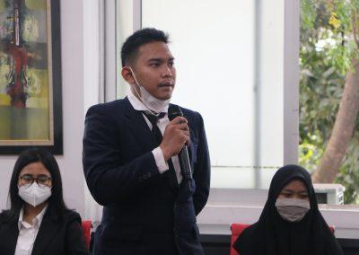 Syukuran Dalam Rangka Kemenangan Organisasi Mahasiswa Unit Peradilan Semu (UPS) Fakultas Hukum UPN Veteran Jakarta sebagai Juara 3 National Moot Court Competition Anti Money Loundring VI Tahun 2021 (2)