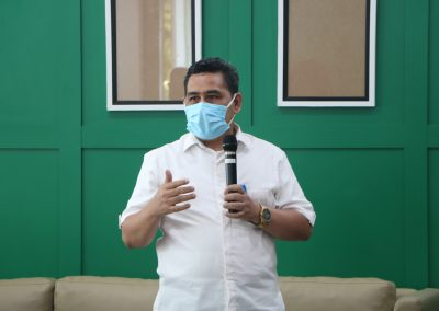 Syukuran Dalam Rangka Kemenangan Organisasi Mahasiswa Unit Peradilan Semu (UPS) Fakultas Hukum UPN Veteran Jakarta sebagai Juara 3 National Moot Court Competition Anti Money Loundring VI Tahun 2021 (6)
