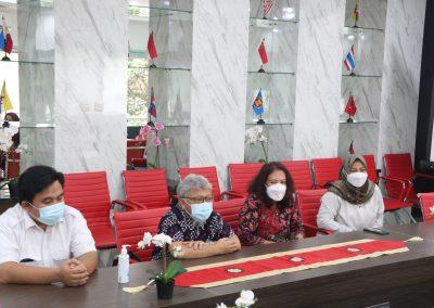 Fakultas Hukum dan Badan Penyelesaian Sengketa Konsumen (BPSK) Provinsi DKI Jakarta Membicarakan Program MBKM (Merdeka Belajar Kampus Merdeka) (3)