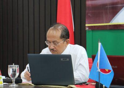 "Kuliah Umum ""Memahami Sistem Hukum Di Indonesia"" Narasumber Prof. Dr. Bambang Waluyo, SH, MH. – Senin, 14 September 2020 (4)"