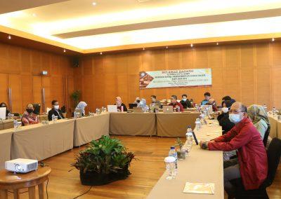 Peserta Rapat Kerja Penyusunan RENSTRA Fakultas Hukum UPN VETERAN JAKARTA Tahun 2020-2024dan Strategi Pencapaian Indikator Kinerja Utama (IKU) – Bandung, 20 – 23 November 2020