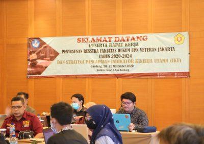Peserta Rapat Kerja Penyusunan RENSTRA Fakultas Hukum UPN VETERAN JAKARTA Tahun 2020-2024dan Strategi Pencapaian Indikator Kinerja Utama (IKU) – Bandung, 20 – 23 November 2020 (2)