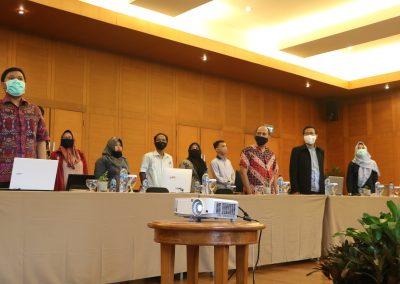 Peserta Rapat Kerja Penyusunan RENSTRA Fakultas Hukum UPN VETERAN JAKARTA Tahun 2020-2024dan Strategi Pencapaian Indikator Kinerja Utama (IKU) – Bandung, 20 – 23 November 2020 (4)