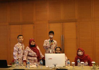 Peserta Rapat Kerja Penyusunan RENSTRA Fakultas Hukum UPN VETERAN JAKARTA Tahun 2020-2024dan Strategi Pencapaian Indikator Kinerja Utama (IKU) – Bandung, 20 – 23 November 2020 (8)