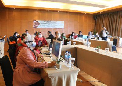 Peserta Rapat Kerja Penyusunan RENSTRA Fakultas Hukum UPN VETERAN JAKARTA Tahun 2020-2024dan Strategi Pencapaian Indikator Kinerja Utama (IKU) – Bandung, 20 – 23 November 2020 (10)