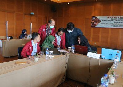 Peserta Rapat Kerja Penyusunan RENSTRA Fakultas Hukum UPN VETERAN JAKARTA Tahun 2020-2024dan Strategi Pencapaian Indikator Kinerja Utama (IKU) – Bandung, 20 – 23 November 2020 (12)