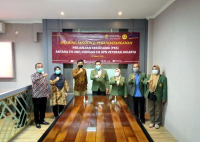 Fakultas Hukum mengadakan Studi Banding ke Fakultas Hukum Universitas Jember dalam rangka pembukaan Program Studi Doktor (S3) Ilmu Hukum sekaligus mengadakan MoU. (4)
