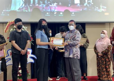 Puncak Acara Dies Natalis ke – 21 Fakultas Hukum UPN Veteran Jakarta (47)