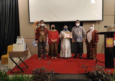 Puncak Acara Dies Natalis ke – 21 Fakultas Hukum UPN Veteran Jakarta (44)