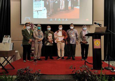Puncak Acara Dies Natalis ke – 21 Fakultas Hukum UPN Veteran Jakarta (45)