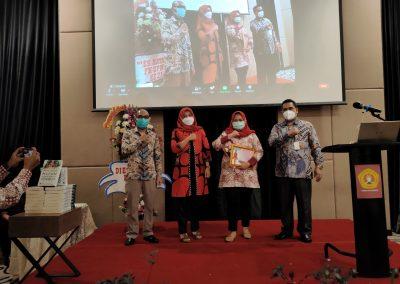Puncak Acara Dies Natalis ke – 21 Fakultas Hukum UPN Veteran Jakarta (39)