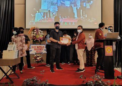 Puncak Acara Dies Natalis ke – 21 Fakultas Hukum UPN Veteran Jakarta (31)