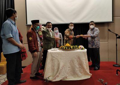 Puncak Acara Dies Natalis ke – 21 Fakultas Hukum UPN Veteran Jakarta (18)