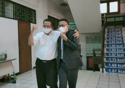 Selamat dan Sukses kepada Bapak Heru Sugiyono, S.H., M.H. Dosen Tetap Fakultas Hukum atas diraihnya gelar Doktor (4)