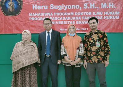 Selamat dan Sukses kepada Bapak Heru Sugiyono, S.H., M.H. Dosen Tetap Fakultas Hukum atas diraihnya gelar Doktor (11)