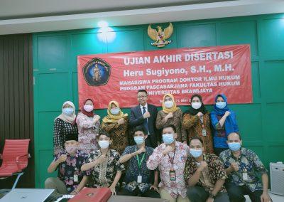Selamat dan Sukses kepada Bapak Heru Sugiyono, S.H., M.H. Dosen Tetap Fakultas Hukum atas diraihnya gelar Doktor (35)