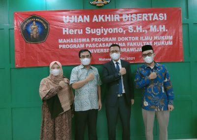 Selamat dan Sukses kepada Bapak Heru Sugiyono, S.H., M.H. Dosen Tetap Fakultas Hukum atas diraihnya gelar Doktor (39)
