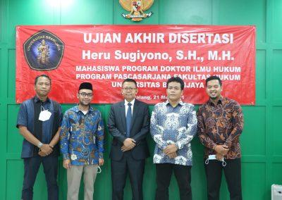 Selamat dan Sukses kepada Bapak Heru Sugiyono, S.H., M.H. Dosen Tetap Fakultas Hukum atas diraihnya gelar Doktor (14)
