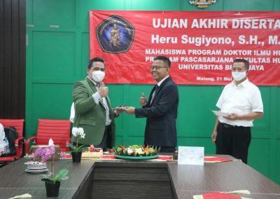 Selamat dan Sukses kepada Bapak Heru Sugiyono, S.H., M.H. Dosen Tetap Fakultas Hukum atas diraihnya gelar Doktor (32)