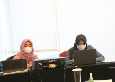 Fakultas Hukum UPN Veteran Jakarta Melaksanakan Rencana Pembelajaran Semester Berbasis Case Study dan Learning Based Project (14)