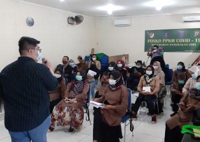 Fakultas Hukum mengadakan Pengabdian kepada Masyarakat (Abdimas) – Penanggulangan Kebencanaan di Kelurahan Pangkalan Jati, Depok, Jawa Barat. (4)