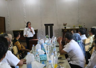 Fakultas Hukum UPN Veteran Jakarta andil dalam bagian penjajakan kerja sama kajian hukum dan rancangan peraturan daerah Indramayu (19)