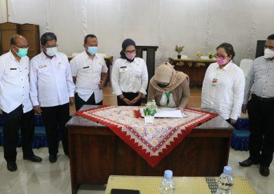 Fakultas Hukum UPN Veteran Jakarta andil dalam bagian penjajakan kerja sama kajian hukum dan rancangan peraturan daerah Indramayu (22)