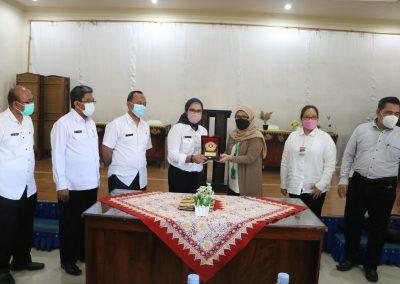 Fakultas Hukum UPN Veteran Jakarta andil dalam bagian penjajakan kerja sama kajian hukum dan rancangan peraturan daerah Indramayu (24)